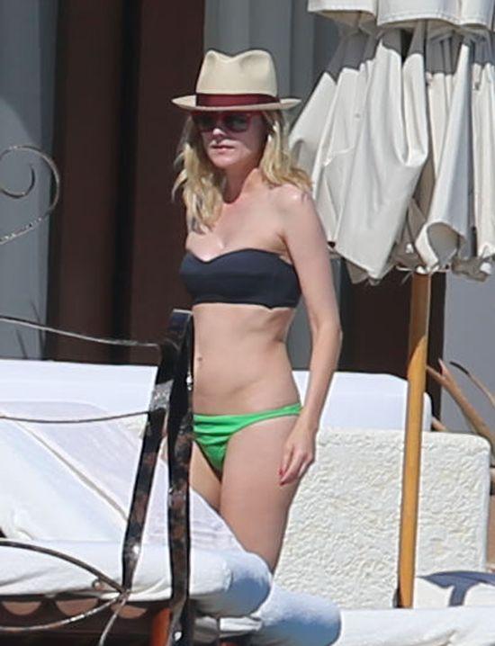 Diane Kruger na plaży prezentuje świetną figurę (FOTO)