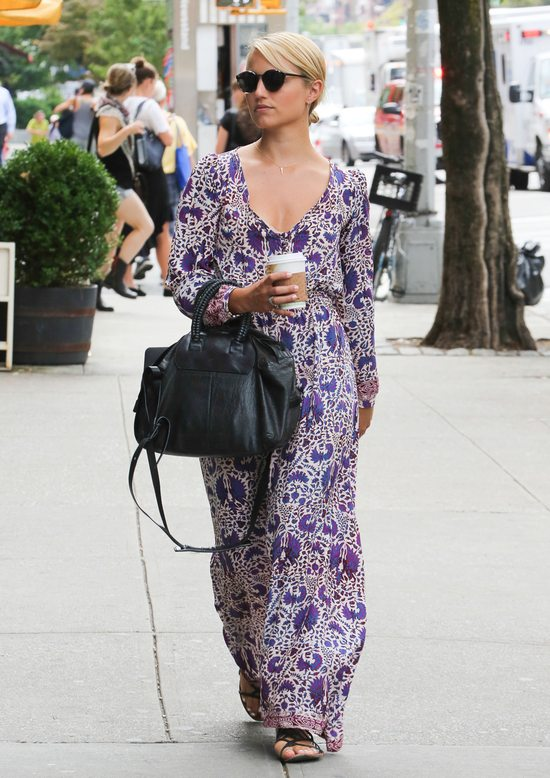 Dianna Agron w maxi sukience