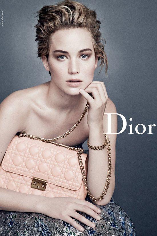 Subtelna Jennifer Lawrence w nowej kampanii Miss Dior (FOTO)