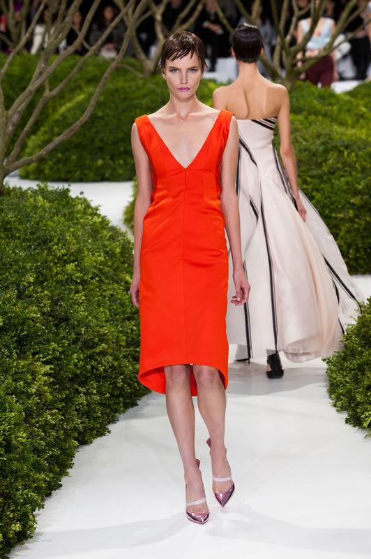 Bajkowy pokaz Dior haute couture wiosna-lato 2013 (VIDEO)