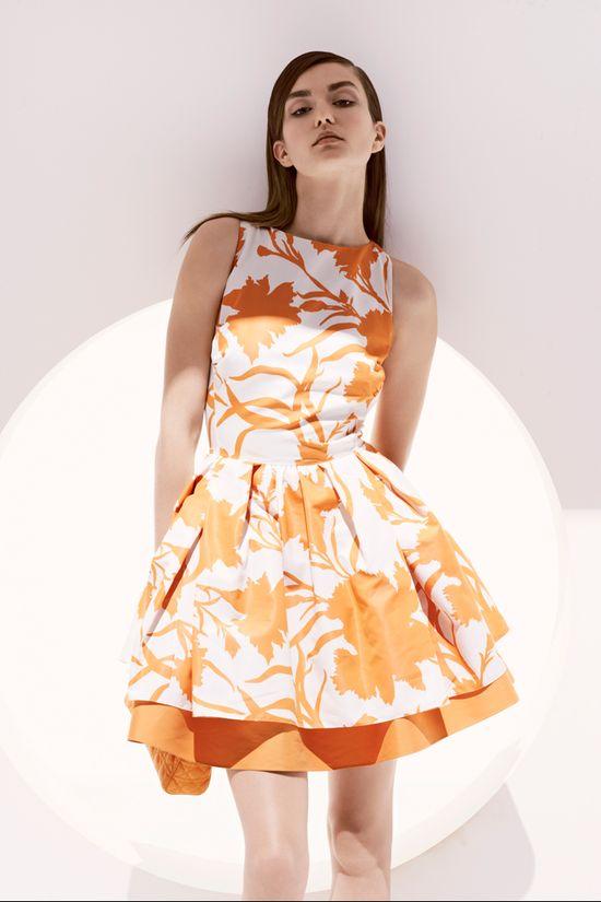 Jennifer Aniston w nietrafonej sukience Diora (FOTO)