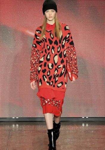 Lily Collins w DKNY (FOTO)