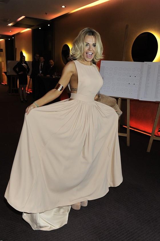 Doda w odważnej sukience na gali Telekamery 2013