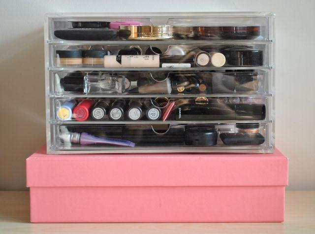 Moja toaletka, czyli jak my przechowujemy swoje kosmetyki