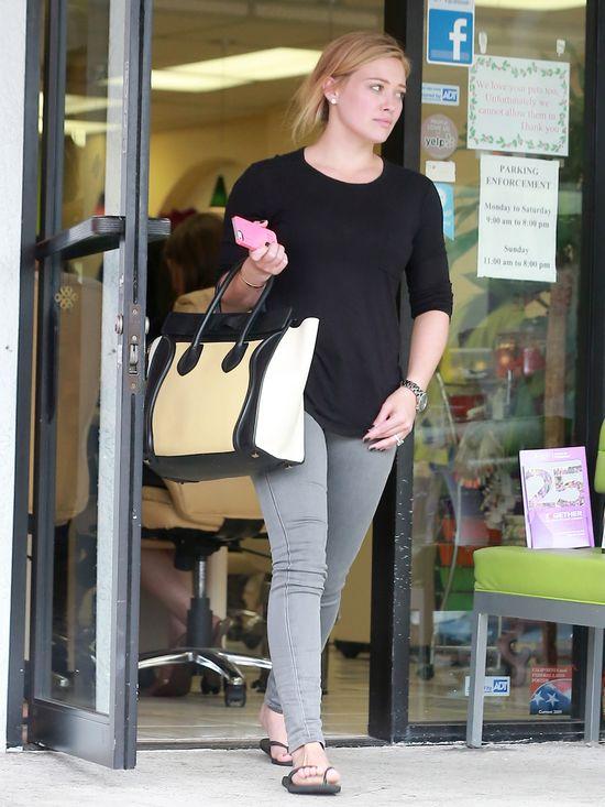 Hilary Duff z torebką Celine (FOTO)