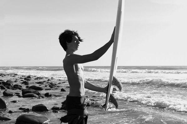 Syn Pameli Anderson w nowej kampanii Saint Laurent (FOTO)