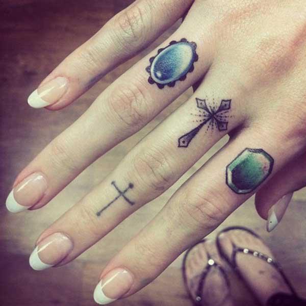 Tatuaż Na Palcu Inspiracje Zdjęcie 13 Zeberkapl