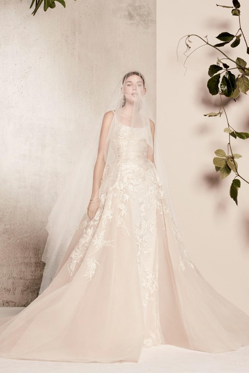 Suknie ślubne od Elie Saab na wiosnę 2018 (FOTO)