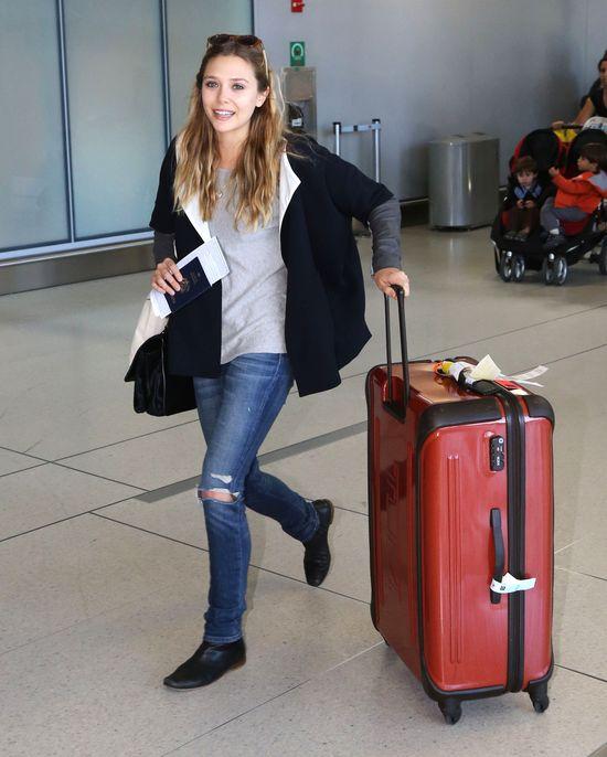 Elizabeth Olsen w wygodnej stylizacji (FOTO)