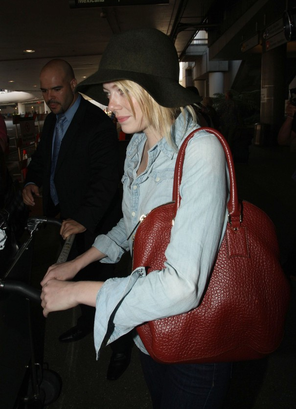 Emma Stone i jej ulubiona torba Burberry