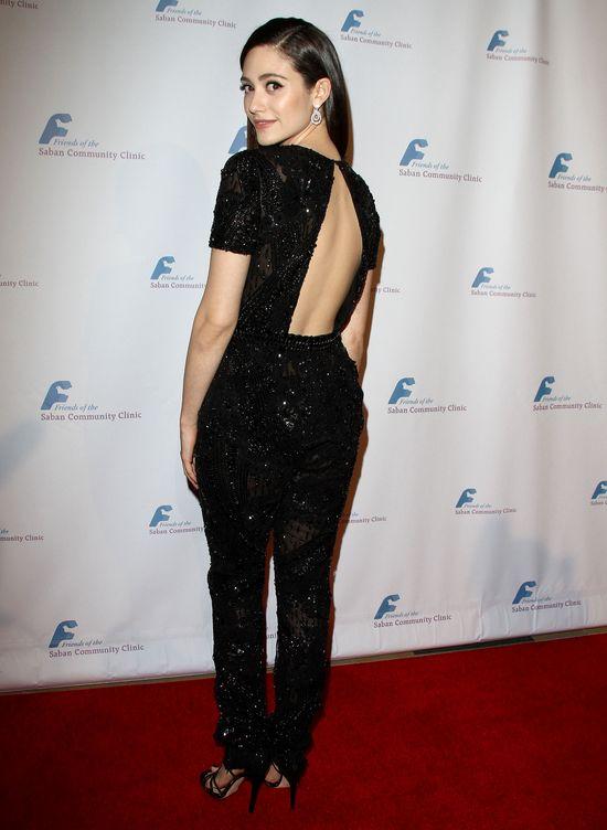 Emmy Rossum w czarnym kombinezonie (FOTO)