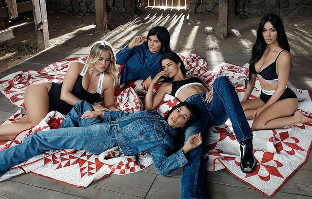 Siostry Kardashian / Jenner w kampanii Calvina Kleina. Photoshop sezonu? (FOTO)