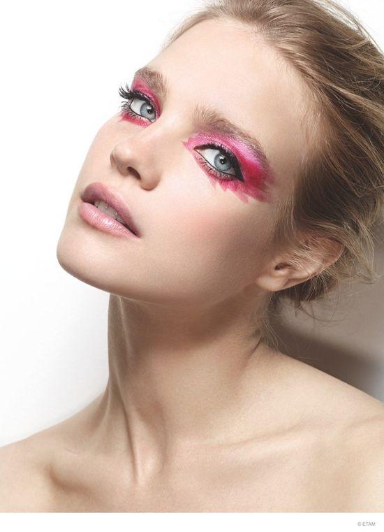 Natalia Vodianova prezentuje makijaż od Etam! (FOTO)