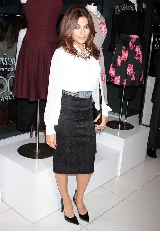 Eva Mendes w ubraniach ze swojej autorskiej linii