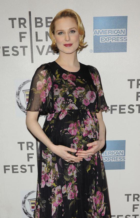 Evan Rachel Wood w sukni w kwiaty (FOTO)