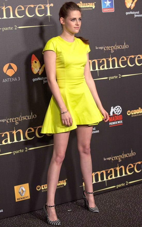 Najciekawsze stylizacje Kristen Stewart