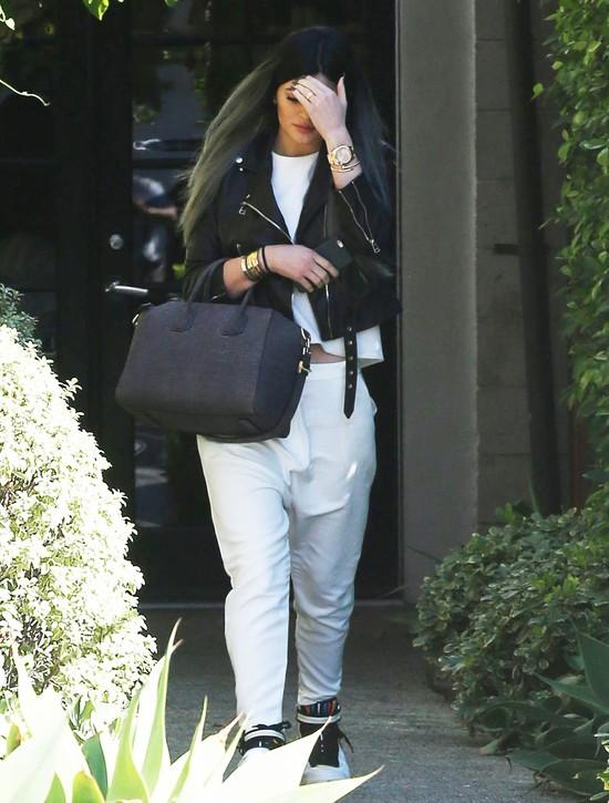 Kylie Jenner nie lubi, gdy paparazzi robią jej zdjęcia (FOTO)