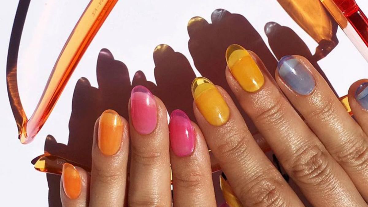 8 pomysłów na elegancki i nietypowy manicure, który będzie piękny tej wiosny!