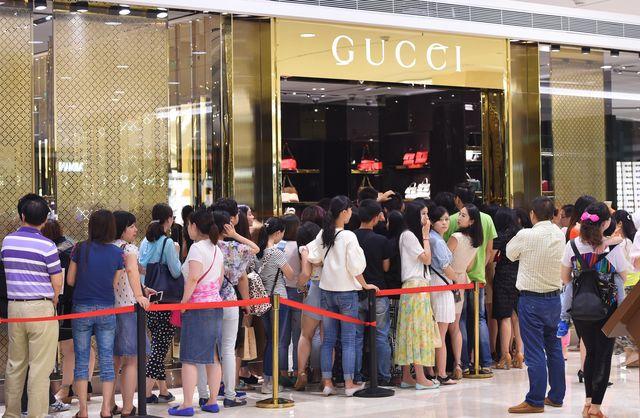Czy przez butiki Gucci przeszedł huragan? (FOTO)