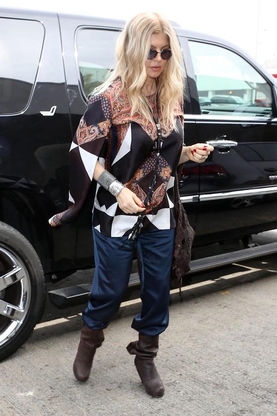 Fergie w ciążowej stylizacji (FOTO)