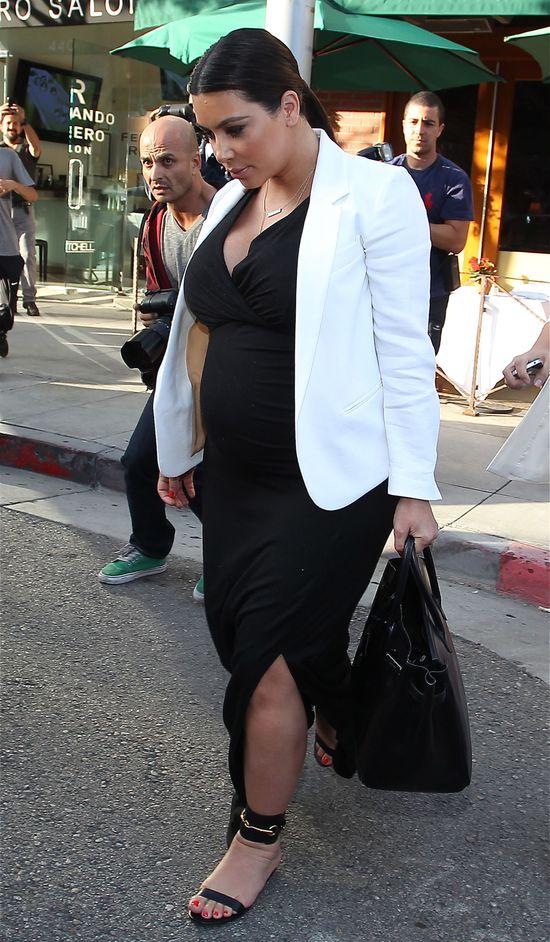 Kim Kardashian projektantką ubranek dla dzieci?