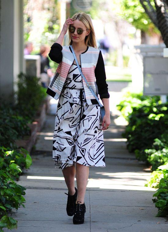 Dianna Agron odważnie łączy desenie (FOTO)