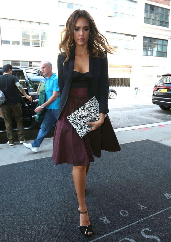 Jessica Alba w eleganckim wydaniu (FOTO)