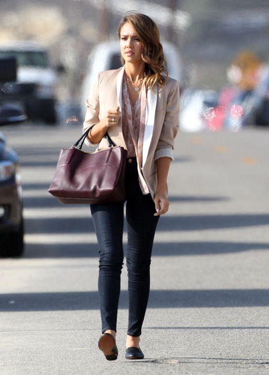 Jessica Alba na planie filmu (FOTO)