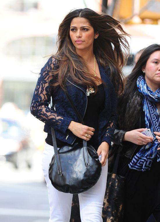 Camila Alves na co dzień wygląda jak gwiazda (FOTO)