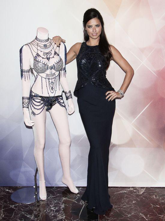 Alessandra Ambrosio i Adriana Lima prezentują Fantasy Bras