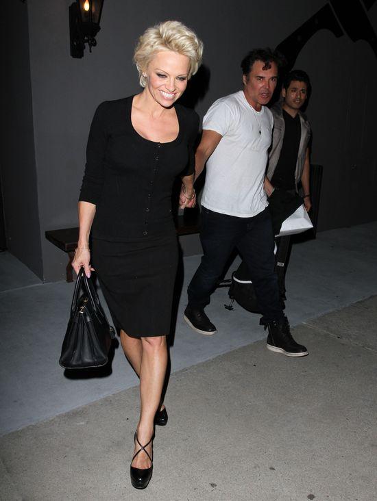 Skromna Pamela Anderson zachwyca jak nigdy (FOTO)