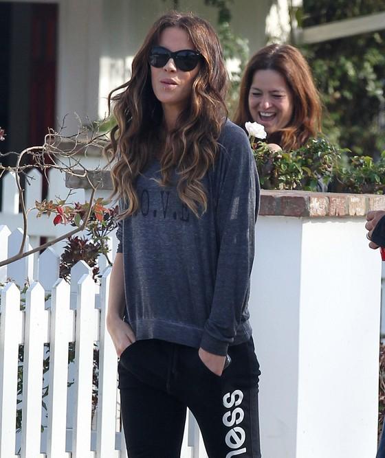 Kate Beckinsale w dresie