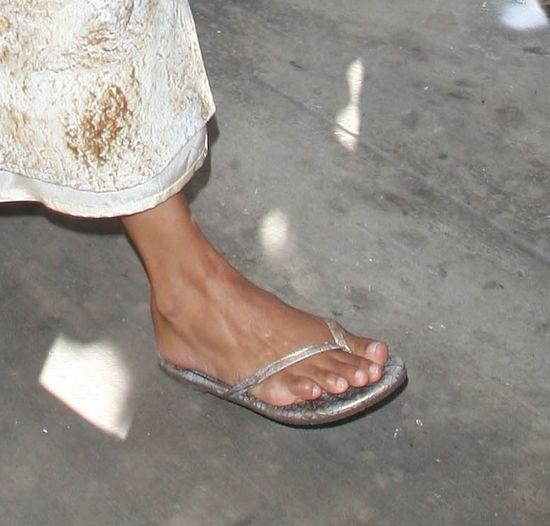 Letni szyk Halle Berry (FOTO)