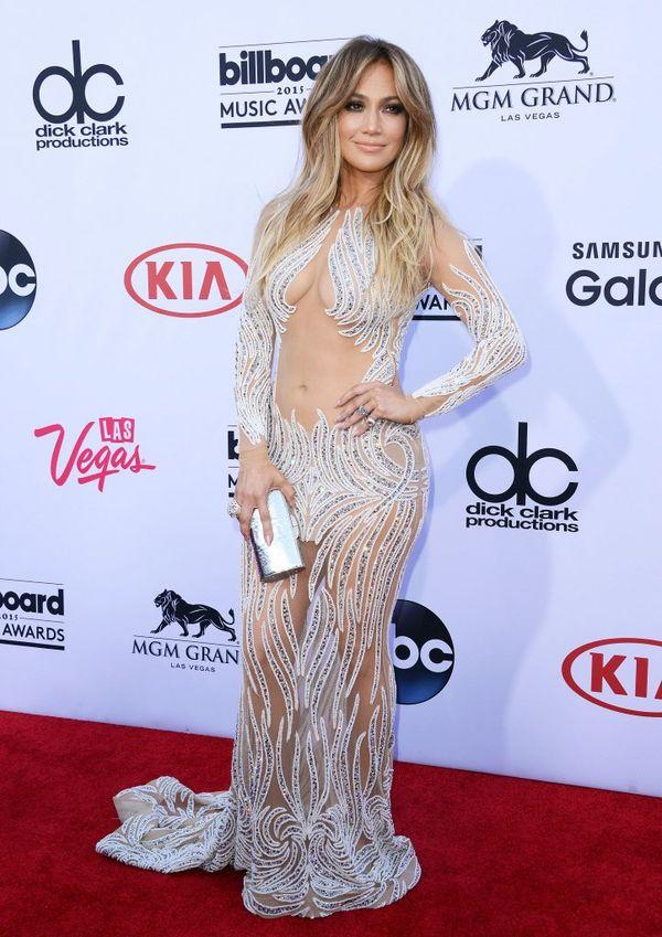 Jennifer Lopez tym razem pokazała za dużo? (FOTO)