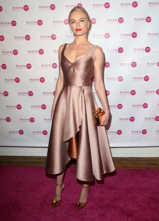 Lea Michele i Kate Bosworth prezentują sukienki idealne na wesele w kolorze nude