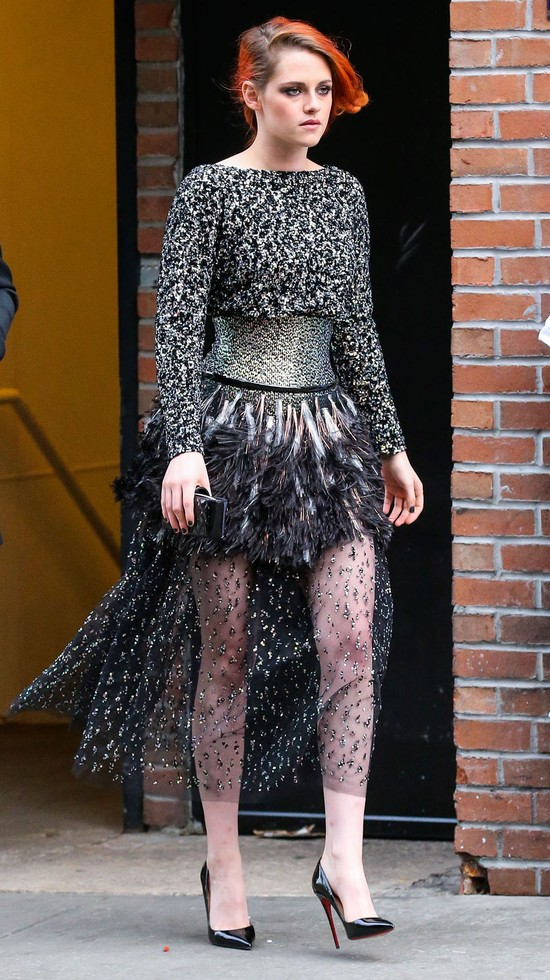 Kristen Stewart w drodze na MET Gala (FOTO)