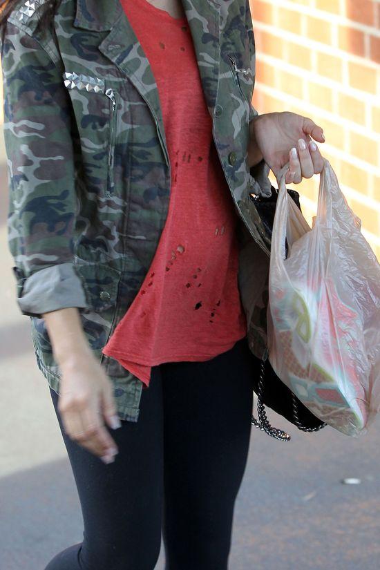 Jenna Dewan polubiła militarny styl (FOTO)