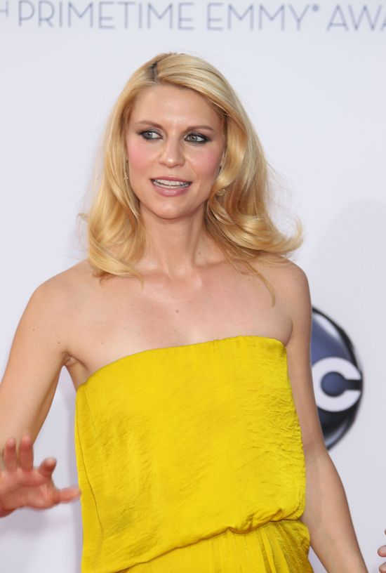 Żółte kreacje na Emmy Awards 2012 (FOTO)