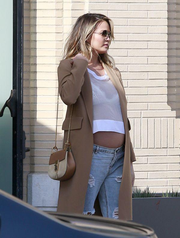 Chrissy Teigen po ciąży będzie grubasem?