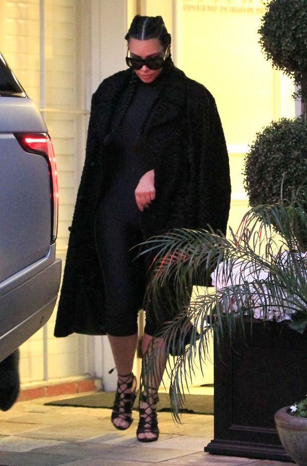 Kim Kardashian całkowicie zmieniła swój styl? (FOTO)