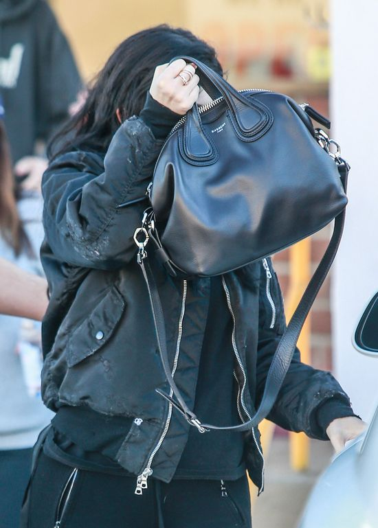 Siostry Kardashian-Jenner na zakupach - jak się ubrały?