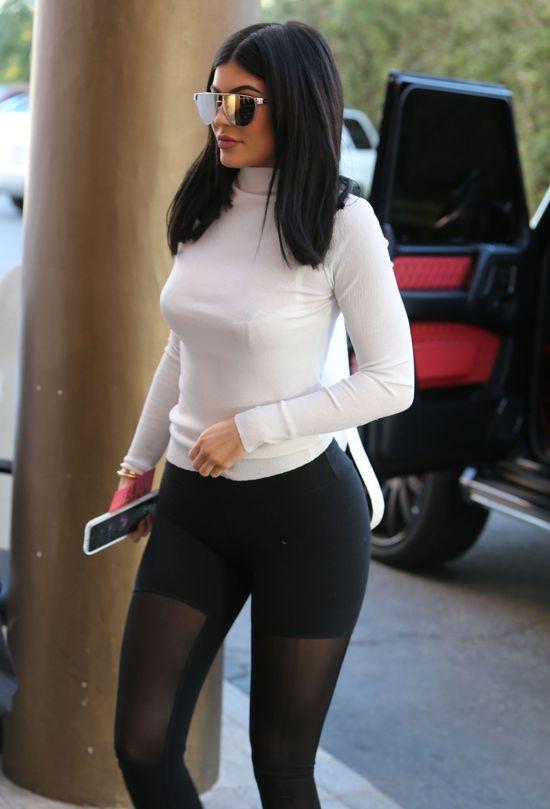 Jak Kylie Jenner ubrała się na randkę? Istny koszmar (FOTO)