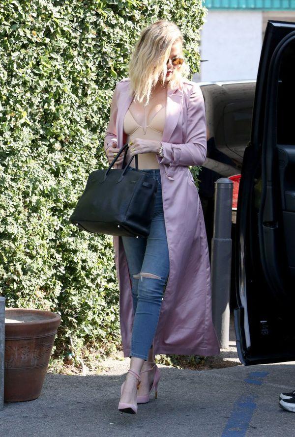 Khloe Kardashian zachwyca swoją najnowszą stylizacją? (FOTO)