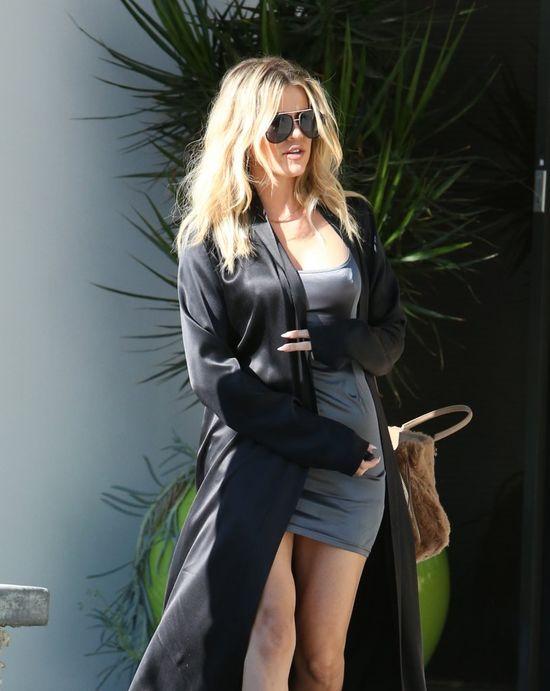 Khloe Kardashian wyszła z domu w piżamie? (FOTO)