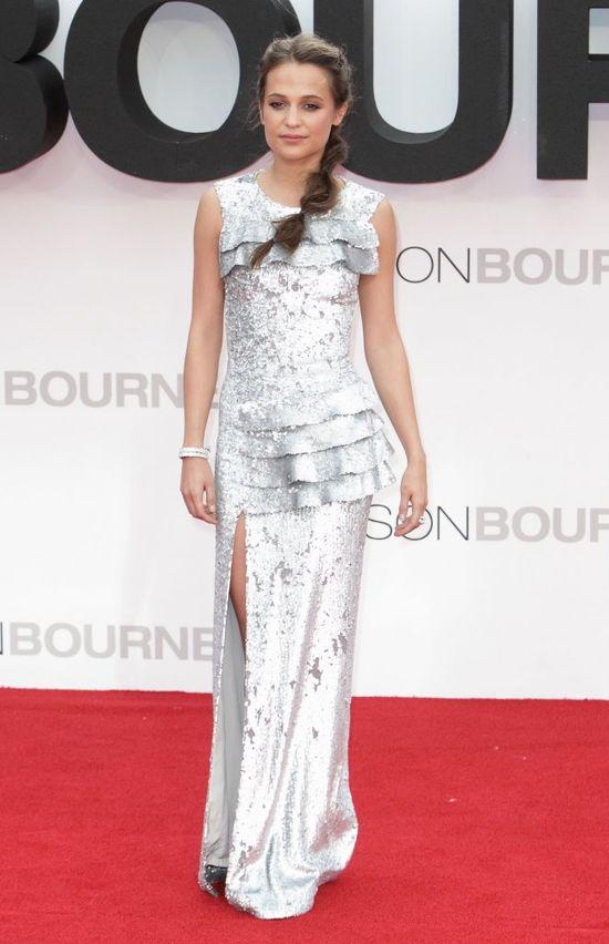 Alicia Vikander zachwyciła w futurystycznej kreacji Louis Vuitton