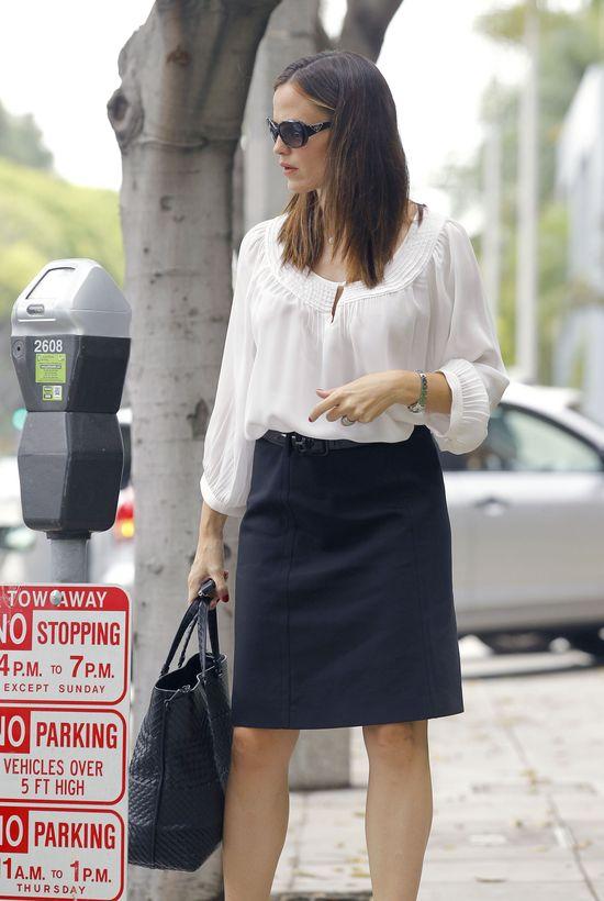 Biznesowy look Jennifer Garner (FOTO)