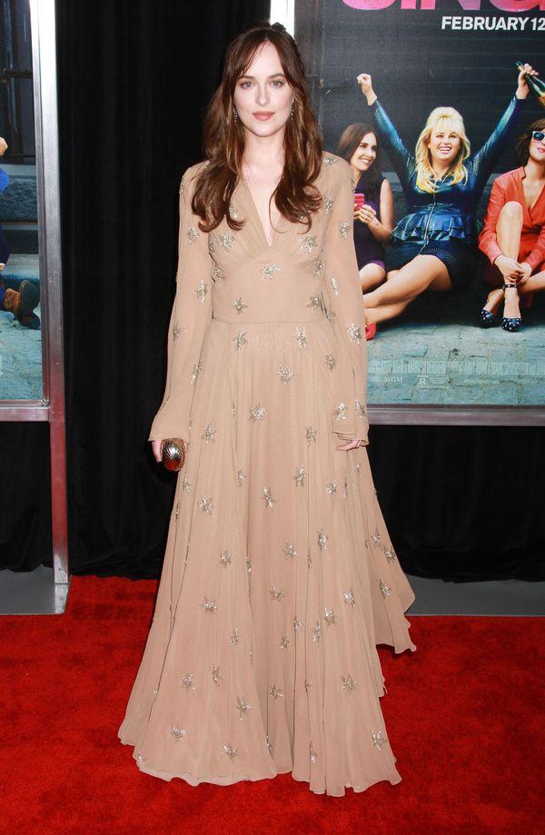 Dakota Johnson w romantycznej sukience na kolejnej premierze