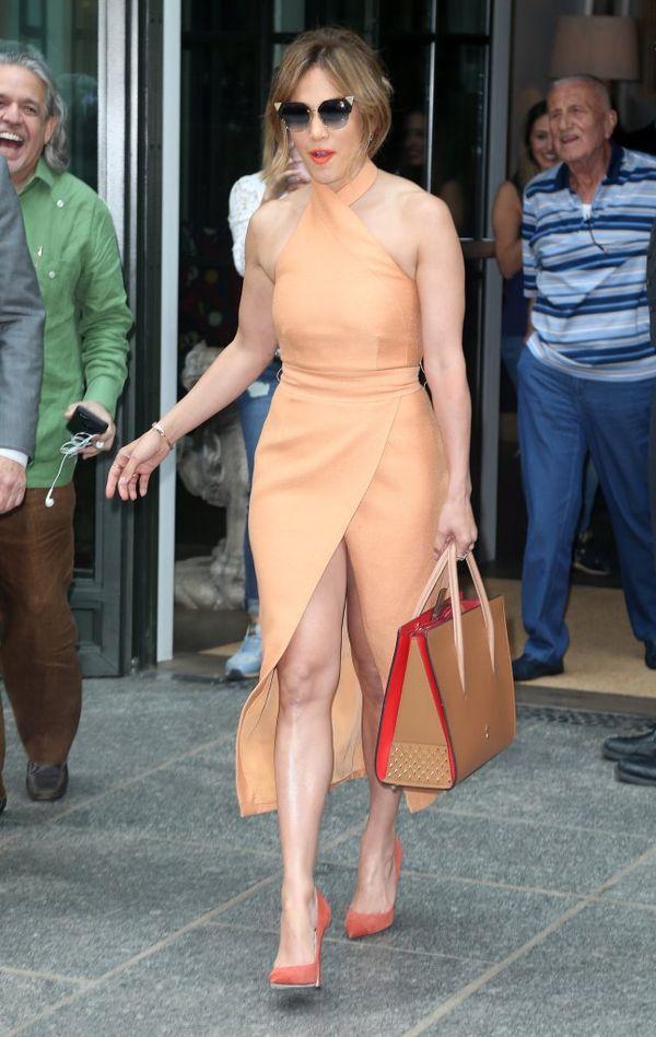 Tak, ta torebka to zdecydowanie ulubieniec Jennifer Lopez (FOTO)