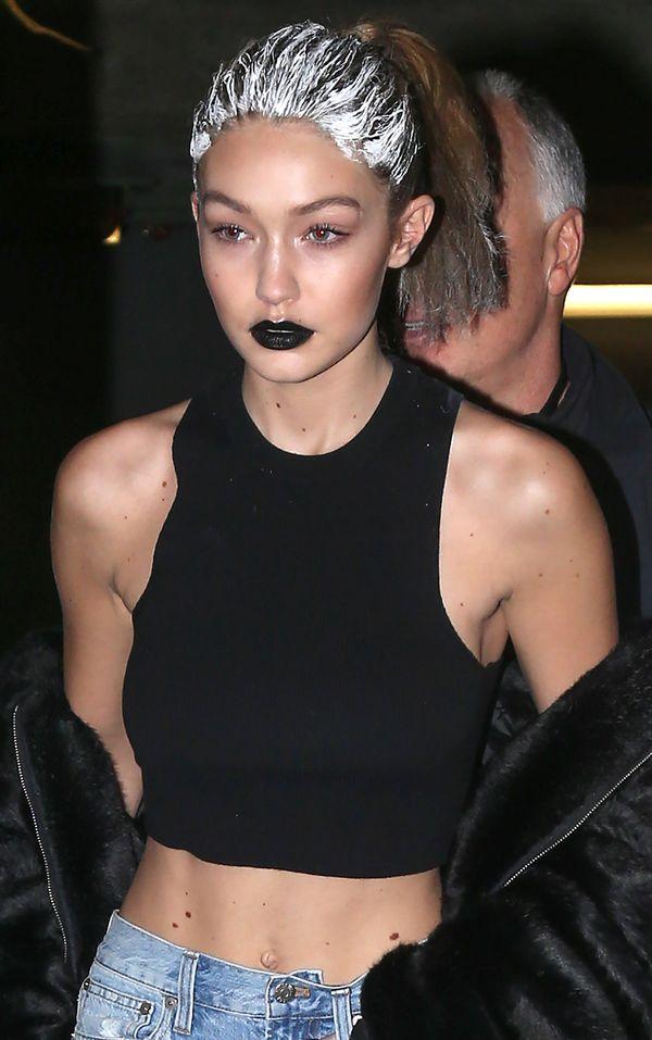 Gigi Hadid zapomniała o zmyciu farby z włosów? (FOTO)