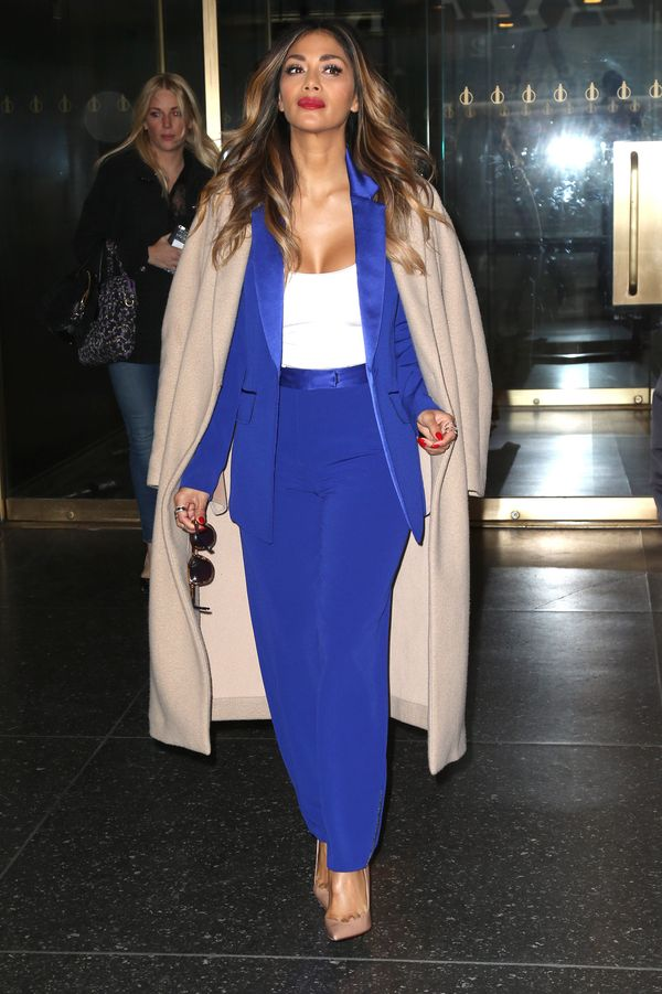 Nicole Scherzinger w kobaltowym garniturze (FOTO)